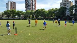 Inicia la escuela de cricket