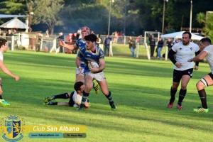 Albano recibe al puntero